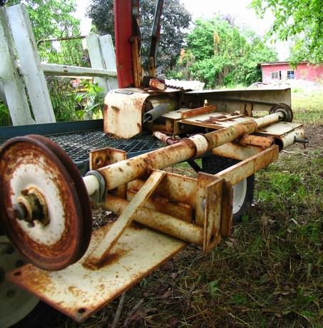 Michael 39 S Tractors Simplicity And Allis Chalmers Garden Tractors Sickle Bar Mower