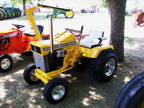 Michaelu0027s Tractors (Simplicity And Allis Chalmers Garden Tractors)   A  Couple Of Nice Ones