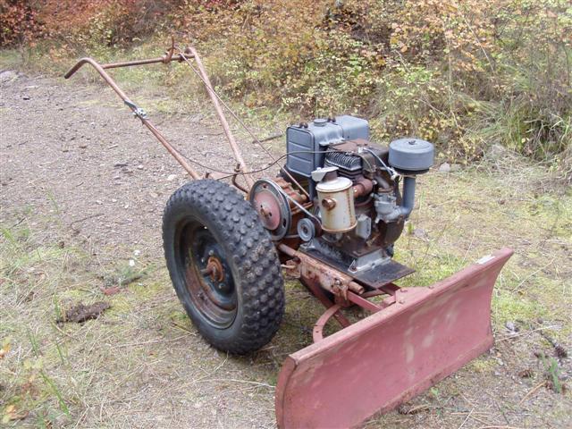 Michael 39 S Tractors Simplicity And Allis Chalmers Garden Tractors David Bradley